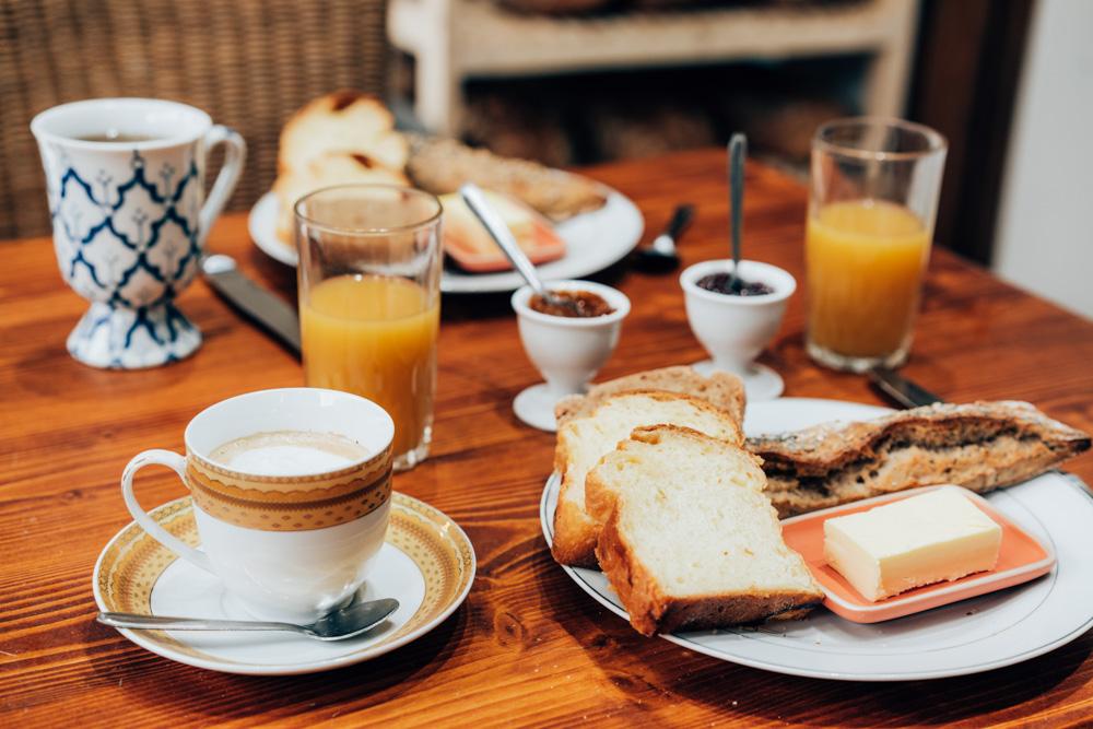 Petit déjeuner, un matin, au Pain salvator,