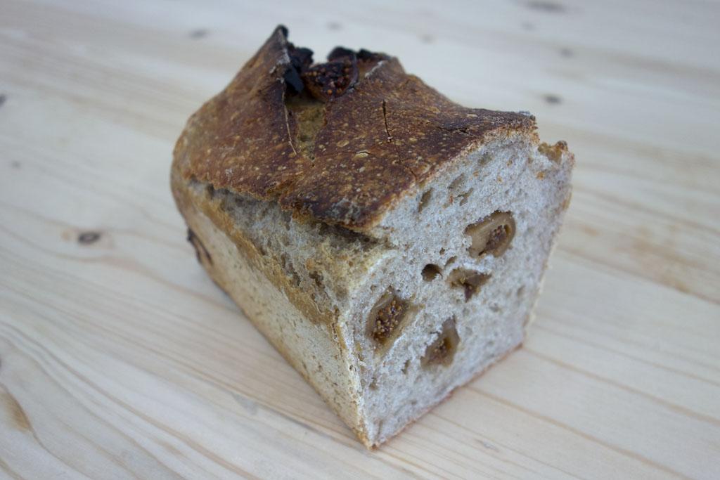 Le fruitier aux figues de la boulangerie café le Pain salvator